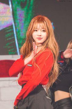 Kpop Girl Groups, Kpop Girls, Korean Girl Groups, Sweet Girls, Cute Girls, Oh My Girl Yooa, Rapper, Kpop Girl Bands, Girl Next Door