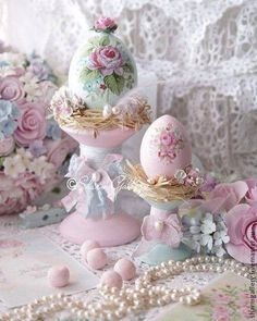 4 Enthusiastic Clever Tips: Shabby Chic White Sweets shabby chic porch french country.Shabby Chic Home Farmhouse Style. Rose Shabby Chic, Shabby Chic Baby Shower, Shabby Chic Homes, Shabby Chic Decor, Egg Crafts, Easter Crafts, Diy Ostern, Egg Art, Egg Decorating