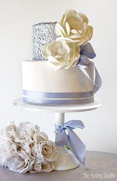 Featured Wedding Cake: The Pastry Studio; www.thepastrystudio.com; Wedding cake idea.