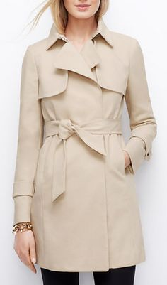 Cute relaxed trench coat