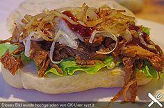 Pulled Pork, zarter Schweinebraten aus dem Ofen - fast original, nur ohne Grill, ein beliebtes Rezept aus der Kategorie Schmoren. Bewertungen: 93. Durchschnitt: Ø 4,7.