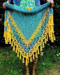 thelittlebeenz:- More #pihashawl love So nice to see people taking a closer look & trying it on yesterday at @happygoknitty 's Woolfest stall Pattern available on Ravelry and Etsy #crochet #crochetlove #crochetaddict #crochetporn #yarn #yarnlove #yarnobsessed #yarnporn #yarnaddict #colourful #colorful #bright #handmade #crochetpattern #crochetshawl #shawladdict #shawlpattern #shawl #womensfashion #ladiesfashion #thelittlebee