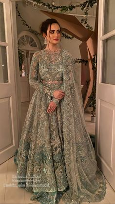 Asian Bridal Dresses, Desi Wedding Dresses, Pakistani Formal Dresses, Indian Bridal Outfits, Pakistani Dress Design, Party Wear Dresses, Dress Outfits, Indian Bridal Couture, Asian Bridal Wear