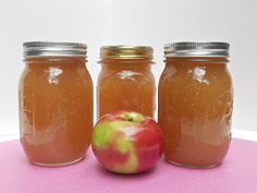 Hezzi-D's Books and Cooks: Apple Butter #SundaySupper