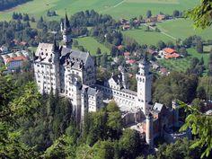 castles_neuschwanstein_castle_desktop_2592x1944_hd-wallpaper-471242