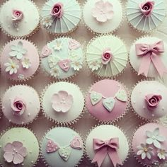 pale pink shabby chic cupcakes