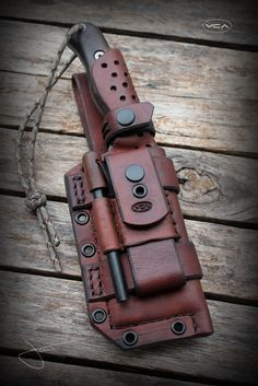 crossbow concept,crossbow tips,crossbow hunter,crossbow rack,crossbow target Survival Weapons, Tactical Survival, Survival Gear, Bushcraft Knives, Tactical Knives, Tactical Gear, Leather Knife Sheath Pattern, Knife Holster, Leather Holster