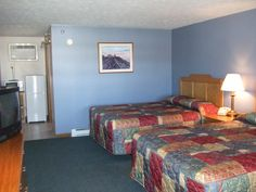 Room shot Motel Room, Workout Rooms, Free Wifi, Outdoor Pool, Indoor, Bed, Furniture, Home Decor, Interior