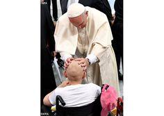 Multipliquemos las obras de la cultura de la acogida, invitó Francisco en el Hospital pediátrico de Prokocim - Radio Vaticano
