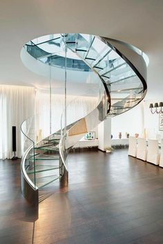 LF Italy la bottega d'incontro per realizzare le tue idee  LF Italy the place to meet and put your ideas into practice.  CASA PRIVATA Milano  #Milano #architecture #stairs #architecture #luxury #intreiordesign http://ift.tt/22FiSqM