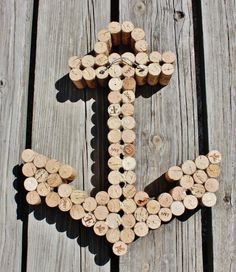 Anchor decor using wine corks