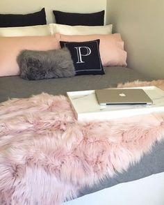 Pink, white and grey girl's bedroom; bedroom ideas for teens; bright rose gold bedroom designs bedroomideasforsmallrooms is part of Bedroom decor inspiration - Dream Rooms, Dream Bedroom, Teen Bedroom, Modern Bedroom, Bedroom Bed, Bedroom Inspo, Bedroom Inspiration, Pretty Bedroom, Pastel Bedroom