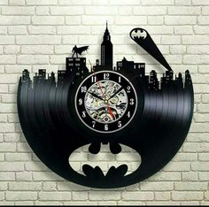 Batman Arkham City Logo_Exclusive wall clock made of vinyl record_GIFT_DECOR - Batman Decoration - Ideas of Batman Decoration - Batman Arkham City, Im Batman, Gotham City, Batman Stuff, Batman Robin, Batman Man Cave, Batman Wall Art, Real Batman, Batman Arkham Knight