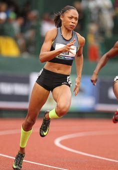 Inspiring Athlete-Allyson Felix Interview About Qualifying For Olympics Allyson Felix, Track Meet, Dynamic Poses, Runner Girl, Body Poses, Action Poses, Track And Field, Sport Girl, Olympic Games