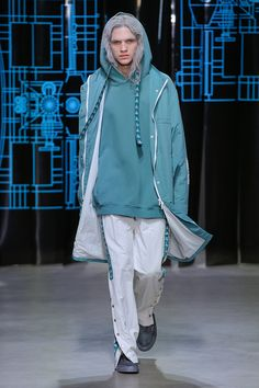 C2H4 Spring/Summer 2018 - Fucking Young!