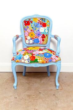 Floral print chair by meghan by herland Funky Furniture, Furniture Makeover, Painted Furniture, Chair Makeover, Painted Chairs, Wood Chairs, Ikea Chairs, Upholstered Chairs, Chair Cushions
