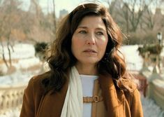 Catherine keener as Aunt Lavender. Protective and kind, she is a whisperer witch very skilled in communing with spirits. She also has a very green thumb. She is murdered by her own daughter. Catherine Keener, Favorite Person, My Favorite Things, Ashley Benson, Dear Friend, Classical Music, Percy Jackson, Other People, Love Her