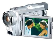 Samsung SCD27 MiniDV Camcorder with 3.5 LCD  .