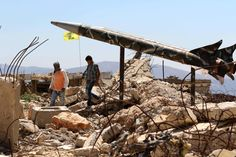 Lähi-itä Kymmenen vuotta viimeisen Libanonin sodan, Israel varoittaa seuraava tulee olemaan paljon pahempi   Nuoret kävellä Khiamissa, Libanonissa, ohi Hizbollahin mock rakettia entinen Israelin aikavälillä vankilassa tuhoutui 2006 sodassa. (Mahmoud Zayyat / Agence France-Presse kautta Getty Images) By William Booth 23 heinäkuu 2016   Misgav AM, Israel - Kun Israelin armeija komentajat kuvataan, miten seuraavassa sodassa Hizbollahia voisi avautua, he usein etsiä sanoja ei käytetä…