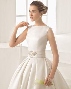 OPULENTO traje de novia de costura de ottoman o mikado.