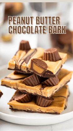 Chocolate Bark, Chocolate Peanut Butter, Candy Recipes, Baking Recipes, Holiday Recipes, Dessert Recipes, Christmas Desserts, Christmas Treats, Christmas Baking