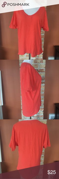 """{Banana Republic} top Orange, loose fitting....high low hemline...seam runs down middle of front and back. EUC! 24"""" shoulder to shortest part of hem. 23"""" pit to pit. Banana Republic Tops Tees - Short Sleeve"""