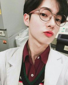 "i think the professor look is definitely a thing :"")"