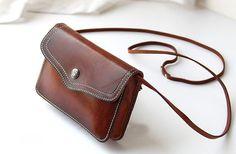 Retro leather shoulder bag,little leather bag,handmade leather goods,leather crossbody bag
