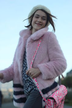 Kijk Du Jour: Pink Panther  #panther Rosa Panther, Pink Panthers, Fashion Models, Winter Hats, Outfits, D Day, Women's Fashion, Ideas, Tall Clothing