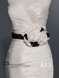 With hand made flower and beading decoration fashion belt style and wedding dress