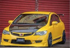 Custom paint on conversion with lip mini fogs RR hood. Honda Civic Vtec, 2007 Honda Civic, Honda Civic Type R, Man Cave Gifts, Honda Cars, Car Mods, Japan Cars, Import Cars, Modified Cars