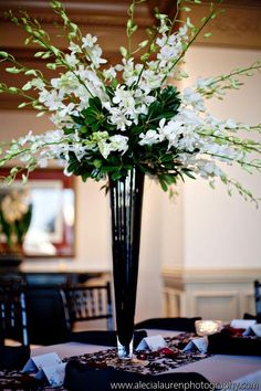 29 Best Ideas For Wedding Flowers Orchids Centerpieces Floral Arrangements Orchid Centerpieces, Tall Wedding Centerpieces, Wedding Flower Arrangements, Floral Arrangements, Wedding Bouquets, Wedding Decorations, Centerpiece Ideas, Centerpiece Flowers, Trumpet Vase Centerpiece