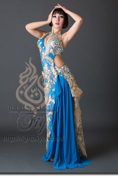 Design by Yasser / Model: TIDA / Fig Belly Dance #figbellydance #bellydancecostume #worldwideshipping