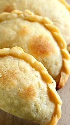 How to Make the Best Empanadas More from my site One Pan Sour Cream Chicken Enchilada Skillet. I make it without the olives, beca… Bean and Cheese Pupusas Authentic Mexican Rice How to Make the Best Empanadas Chicken Taco Mexican Pinwheels Mexican Dishes, Mexican Food Recipes, Masa Recipes, Mexican Sweet Breads, Good Food, Yummy Food, Comida Latina, Beef Dishes, Thai Dishes