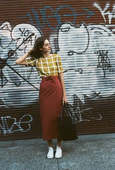 long wrap skirt - Total Street Style Looks And Fashion Outfit Ideas Looks Style, Style Me, Outfit Stile, Elegante Y Chic, Modest Fashion, Fashion Outfits, Dress Fashion, Mode Lookbook, Inspiration Mode