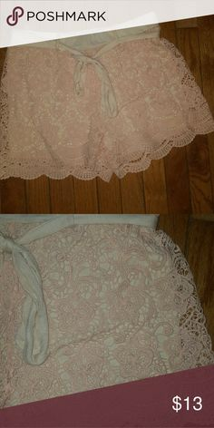 Nwot Lace Shorts Supwr cute and comfy Rue 21 Shorts