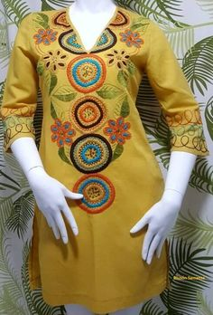 BLUSAS - PRIMAVERAL Bordados y Accesorios Embroidered Kurti, Embroidered Clothes, Trendy Outfits, Fashion Outfits, Womens Fashion, Boho Crochet Patterns, Edwardian Dress, Fashion Design Drawings, Best Model