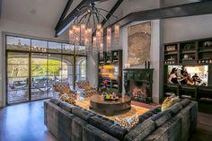 Bridge Hollow - contemporary - Living Room - Dallas - Platinum Series by Mark Molthan