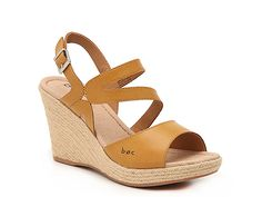 Women Teal Espadrille Wedge Sandal -Mustard Yellow Source by DSW de mujer plataforma Dream Shoes, New Shoes, Women's Shoes, Sock Shoes, Girls Sneakers, Girls Shoes, Shoes Women, Wedge Sandals