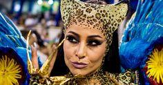 As famosas que se tornaram musas no Carnaval. Tranformar-se numa musa do Carnaval é privilégio para poucas mulheres. Não basta ter samba no pé! É preciso também ter charme e muito carisma para conquistar a simpatia e o sorriso do público brasileiro. As musas que mais chamam atenção na passarela do Carnaval também precisam ter uma boa preparação física, afinal são 80 minutos de desfile na ...
