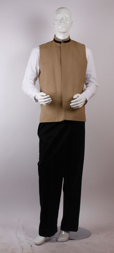 Hotel valet parker uniforms dubai uae hotel valet parker for Spa uniform uae