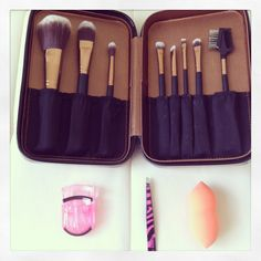 Awesome brush set by crown brushes! www.rockpaperglam.com #beauty #crownbrush #bblogger #fblogger #brushes #makeup