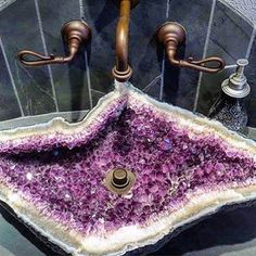 Wash all those bad vibes away! #amethyst restroom sink via Shonda Mackey. ❤️ this!! #homedecor #gemstone