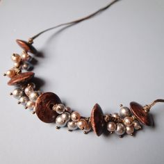 Wood & cotton pearl necklace