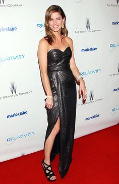 For beautiful female celebrities. Natalie Morales, Beautiful Female Celebrities, Strapless Dress Formal, Formal Dresses, Fashion Figures, Perfect 10, Natural Women, Today Show, Absolutely Gorgeous