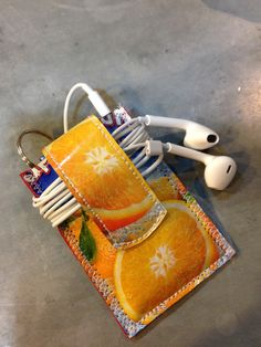 Keep your #earbuds tidy with my nifty iPod Nano case 👍🏻 #etsy #ipodnanocase