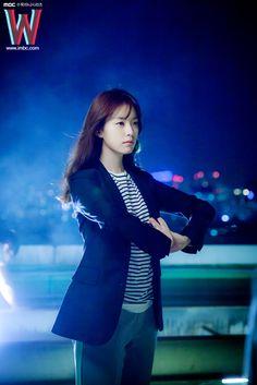 W : Han Hyo Joo - Oh Yun Joo