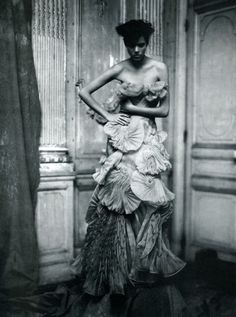 Individuallure by Paolo Roversi. March 2008 Vogue Italia.