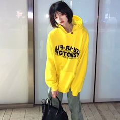 Ulzzang Girl, Graphic Sweatshirt, Sweatshirts, Fashion, Moda, Fashion Styles, Trainers, Fasion, Plush
