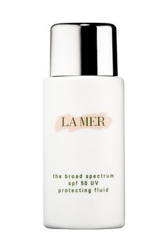 La Mer's Broad Spectrum SPF comes with a hefty price-tag but the odorless smell, serum-like benefits, and solid coverage makes it worth the payout.